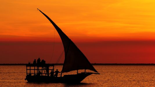 Tanzania, Africa Dhow 984x553px
